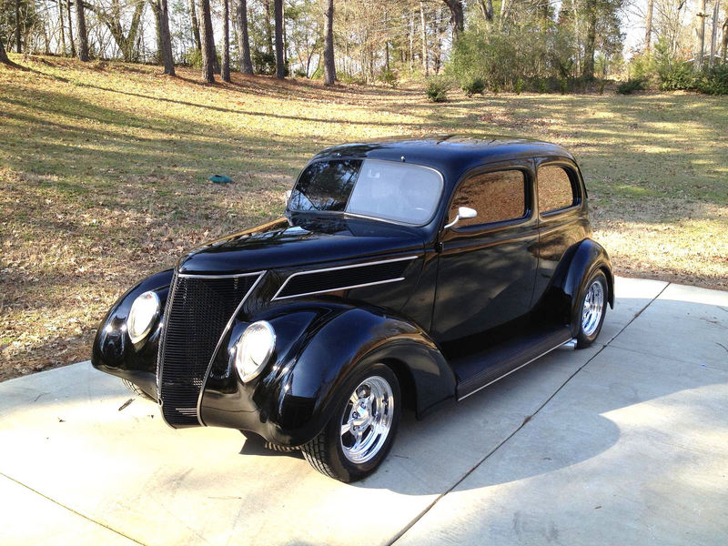 Ford classic cars trucks for sale on for 1937 ford 2 door sedan