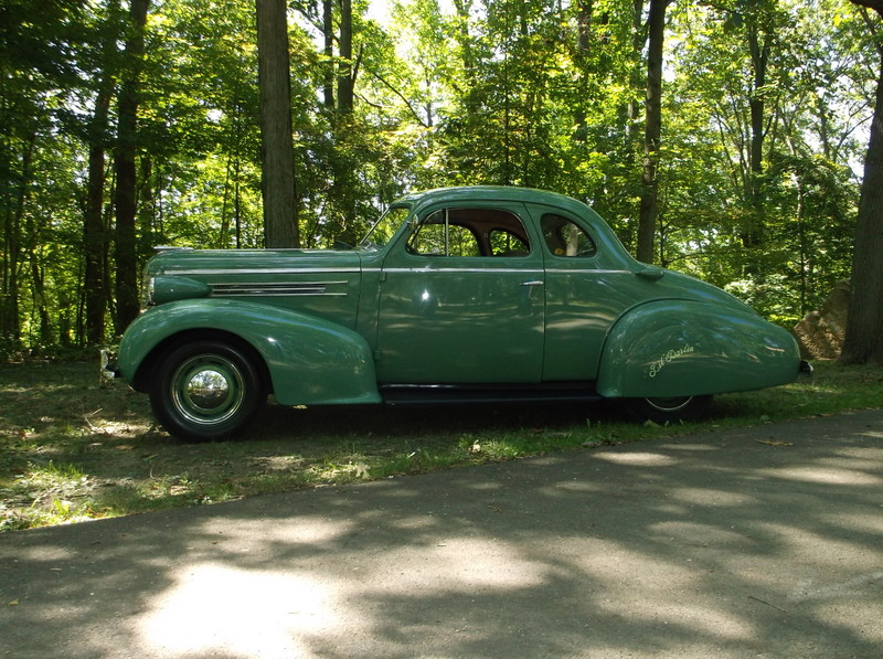 1937 Oldsmobile Business Coupe
