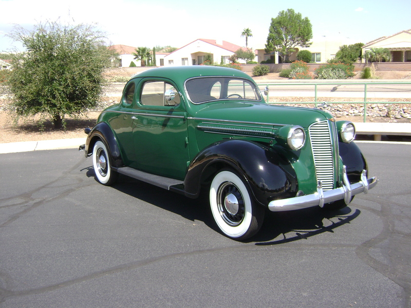 1937 Dodge 3 passenger coupe