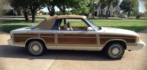 1986 Chrysler LeBaron Town & Country - Mark Cross Edition