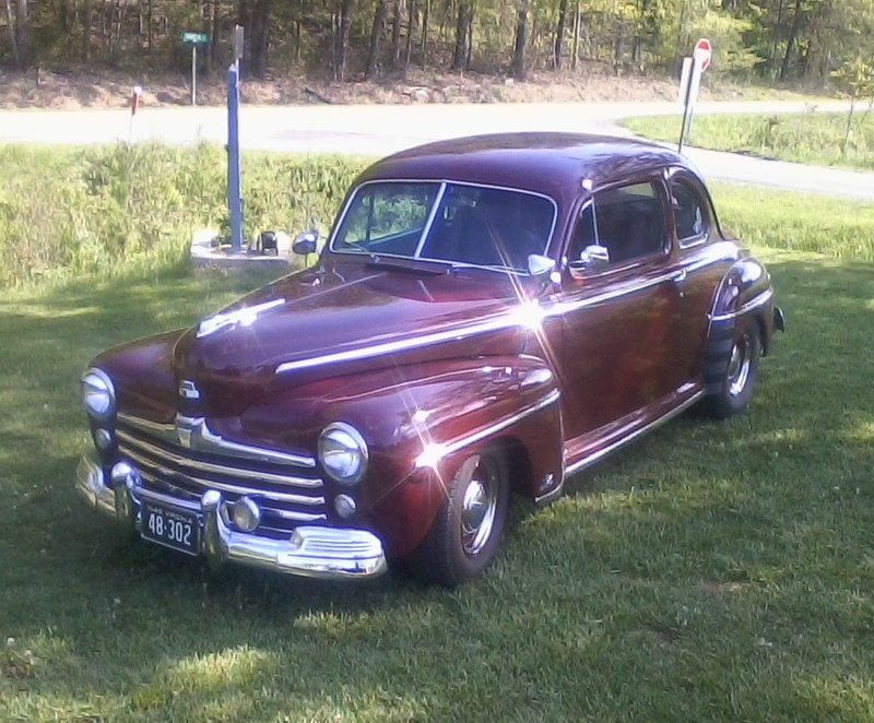 1948 Ford Super Deluxe club coupe