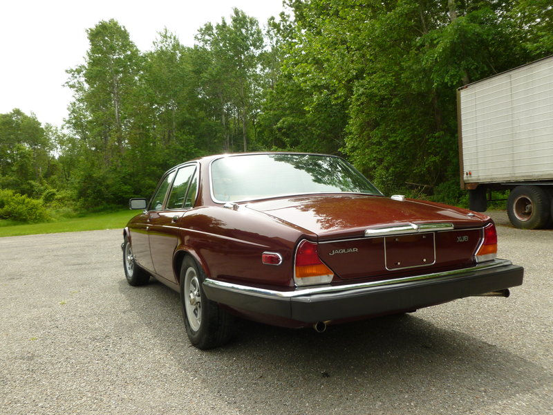 1983 jaguar xj6 for sale in lancaster massachusetts old car online. Black Bedroom Furniture Sets. Home Design Ideas