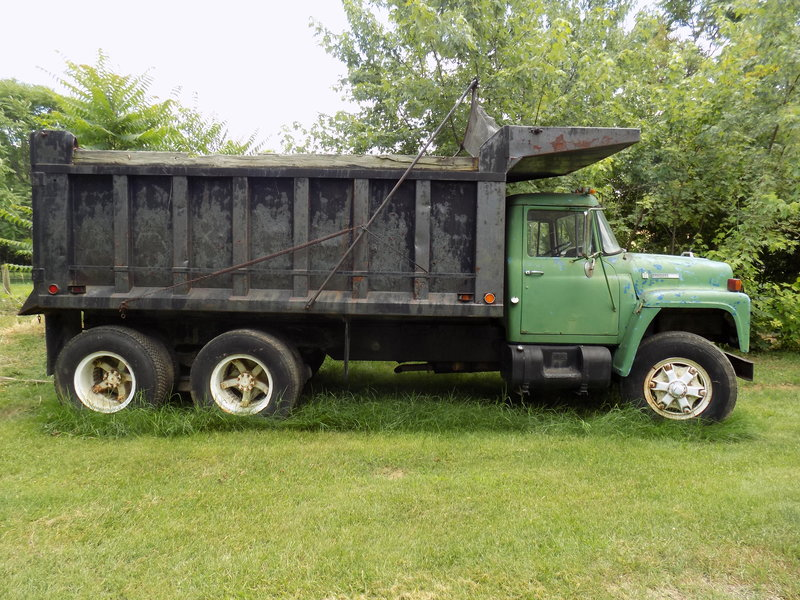 1974 International Loadstar 1800