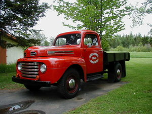 1948 Ford F-3
