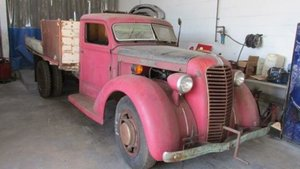 1937 Diamond T Pick Up