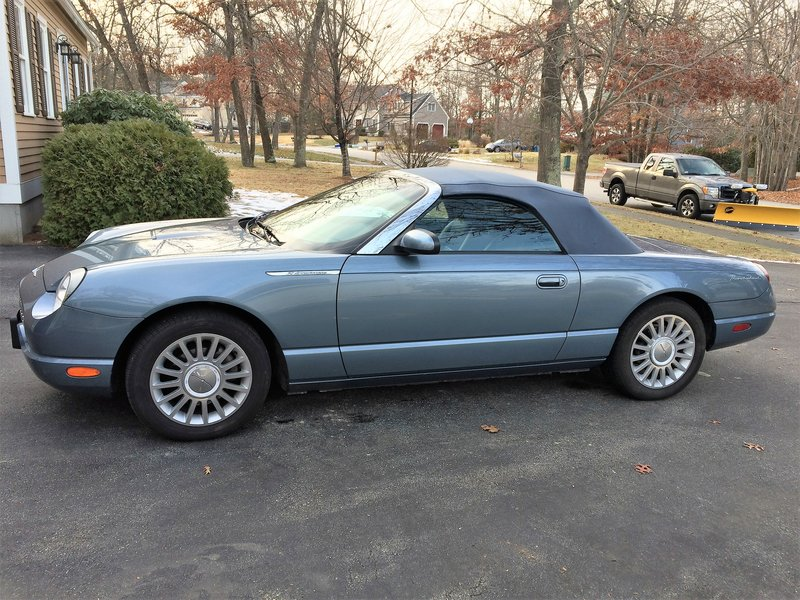 2005 ford thunderbird for sale in chelmsford massachusetts old car online. Black Bedroom Furniture Sets. Home Design Ideas