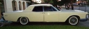 1968 Lincoln Continental Suicide