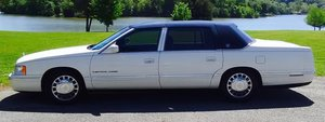 1999 Cadillac Fleetwood Limited