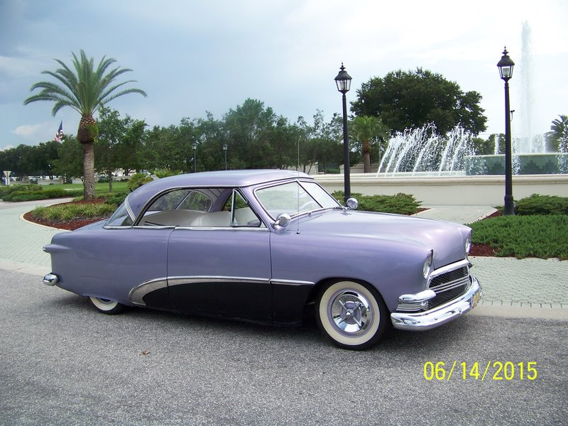 1951 Ford vicky