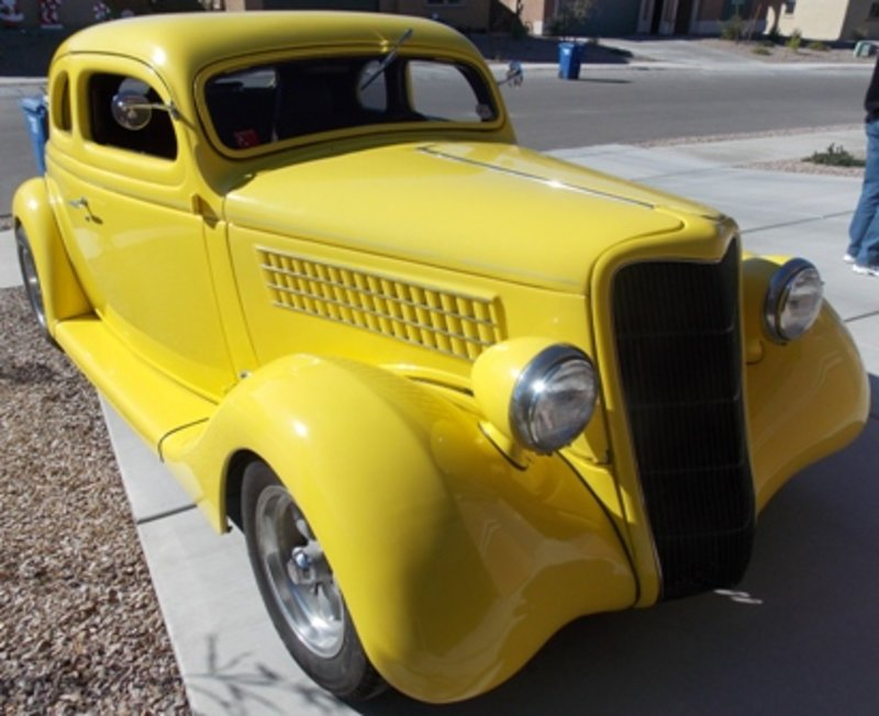 1935 Ford 5 Window Coupe