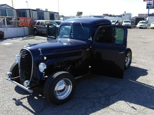 1939 Ford hot rod truck