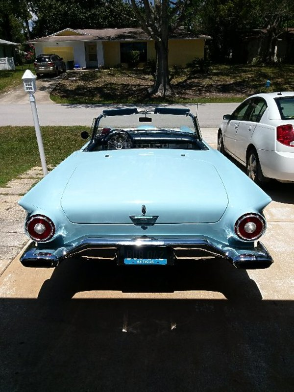 1957 Ford Thunderbird Convertible And Hardtop With