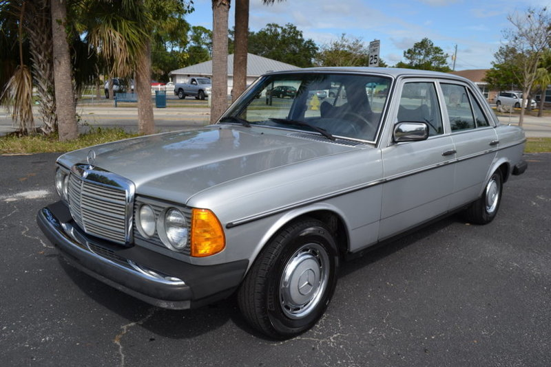 1977 mercedes benz 300d for sale in englewood florida for Mercedes benz 300d engine for sale