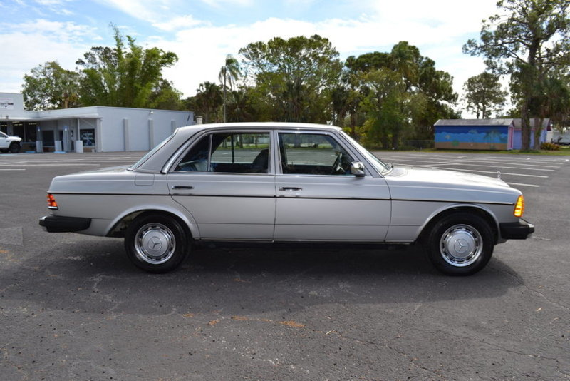 1977 mercedes benz 300d for sale in englewood florida for Mercedes benz of englewood