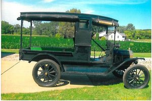 1914 Ford Model-T