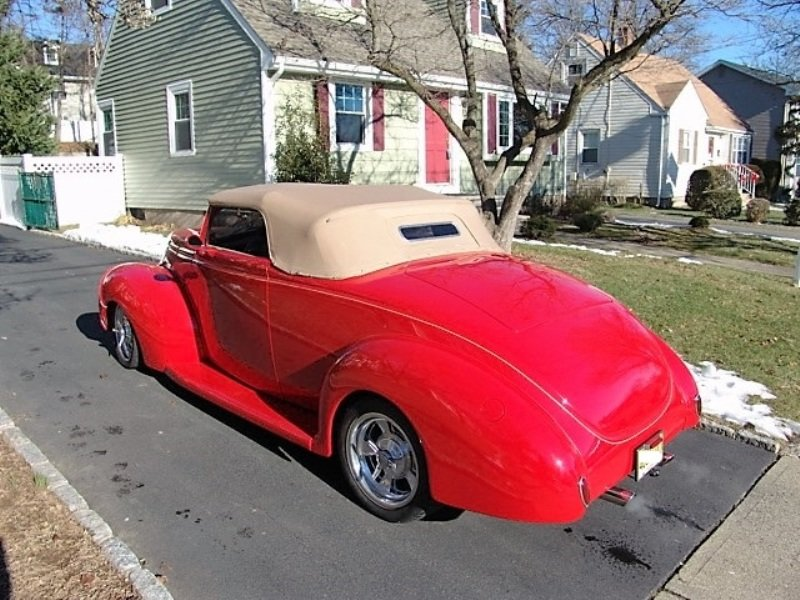 1939 Ford Cabriolet