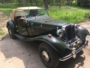 1952 MG MG-TD Replica Assembled Roadster on 1974 VW chassis