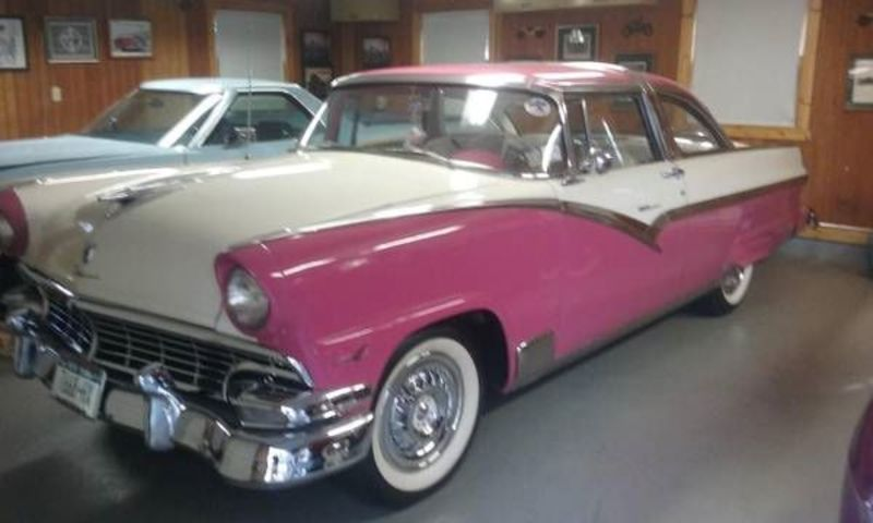 1956 Ford Crown Victoria