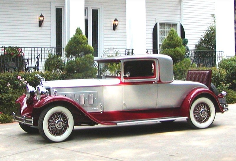 1930 Packard 740 super 8 deluxe coupe