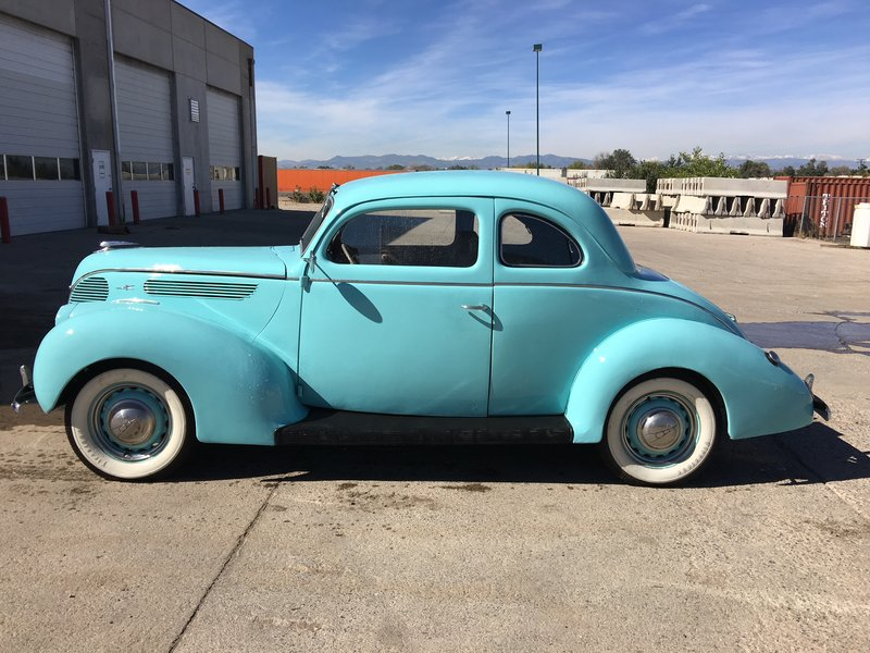 1938 Ford 5 Window Coupe 81A