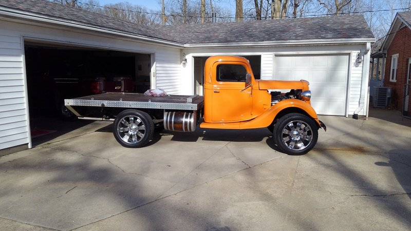 1935 Ford F-100